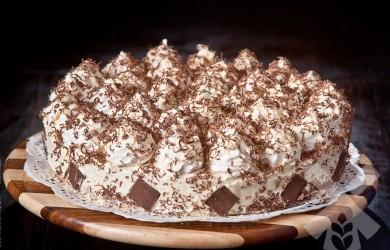 Устройте праздник в своем доме, приготовив торт графские развалины, а мы поможем вам в этом благородном деле.