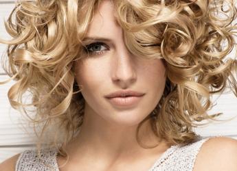 Сегодня мумие применяется и для волос в виде масок, лосьонов, растворов и добавляют в шампунь.