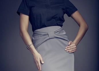 На сегодняшний день юбка карандаш стала такой же классикой как короткое черное платье и туфли лодочки.