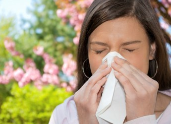 Золотистый стафилококк в носу и в горле приводит к развитию несвойственных инфекционных заболеваний дыхательных путей человека.
