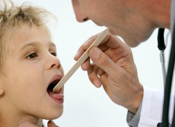 Одним из частых заболеваний у детей в период осеннее-зимнего сезона — это ангина.