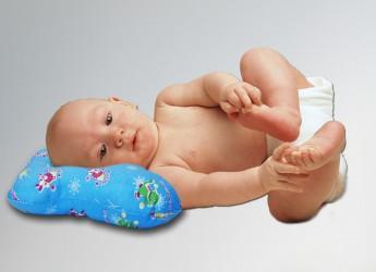 Ортопедические подушки здоровым детям не нужны, их следует приобретать только по показаниям врача.